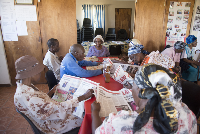 Participants are seen reading newspapers, one of the activities at Muthande Society For the Aged, at the Richmond Centre, in Durban, April 25, 2016. PHOTO: EVA-LOTTA JANSSON
